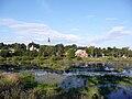 Александров. Плотина на Серой с видом на Александровский Кремль.jpg