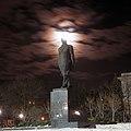 Краматорск, памятник Ленину ночью.jpg