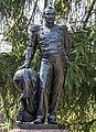 Кронштадт - Памятник Фаддею Беллинсгаузену.jpg