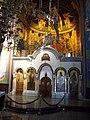 Спомен црква у Лазаревцу - олтар 01.JPG