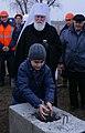 Установка закладного камня в основание музея В. С. Черномырдина.jpg
