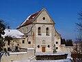 Фасад костелу монастиря капуцинів в Олеську 2010B0799.jpg