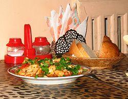 Как готовить подливу из куриного филе