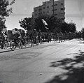 """ביום החלטת האו""""ם על מדינה עברית - הפגנת שמחה של הנוער ברחובותיה של ירושלים-JNF018949.jpeg"""