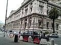 صورة تبين روعة روما المعمارية.jpg