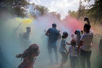 Gorji Mahalleh, Mazandaran - Image: فستیوال نبض گرجی محله جشن رنگ ورزش های نمایشی و سرسره گلی 38