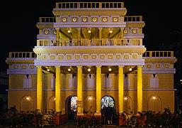 ব্লক বি. ডি, লবনহ্রদ, কলিকাতা - দূর্গা পুজো মণ্ডপ (বাহিরের দৃশ্য).jpg