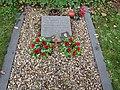 -2018-12-20 German airmen war grave, Overstrand (1).JPG