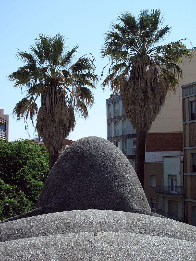 005 Masia Freixa (Terrassa), sostre parabòlic.JPG