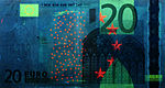 20 euro note under UV light (Obverse)