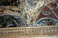 1453d - Milano - S. Lorenzo - Cappella S. Aquilino - Stucchi - Dall'Orto - 18-May-2007.jpg