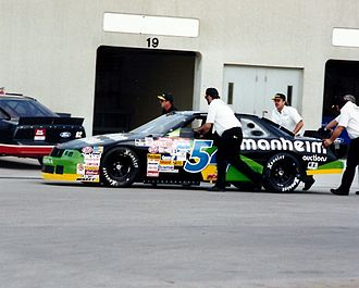 1994 Brickyard 400 - The car of Robert Pressley in the garage area during practice.