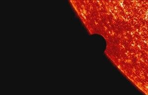 Dosya:2004 Venus transit UV.ogv