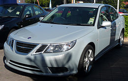 2007-2008 Saab 9-3 (MY2008) Vector sedan 01.jpg