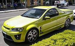 2007 HSV Maloo R8 (Front view).jpg