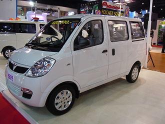 Wuling Motors - 2011 Wuling N200 microvan