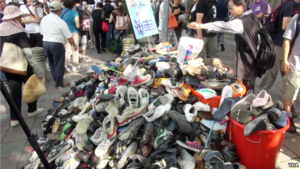 Taiwanese people donate old shoes all around the country to support protest  and shoe-throwing against the Ma Ying-jeou administration and the ruling  party ... c175f3773