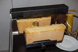 2015-01-06 Wiki Loves Cheese Racletteessen bei WMAT 7650.jpg
