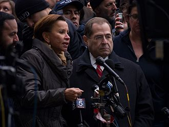 Jerrold Nadler - Nadler giving a press conference with Nydia Velazquez at the 2017 John F. Kennedy International Airport protest