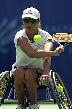 211000 - Wheelchair tennis Branka Pupovac backhand - 3b - 2000 Sydney match photo.jpg