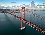 25 de Abril Bridge (36831608556).jpg