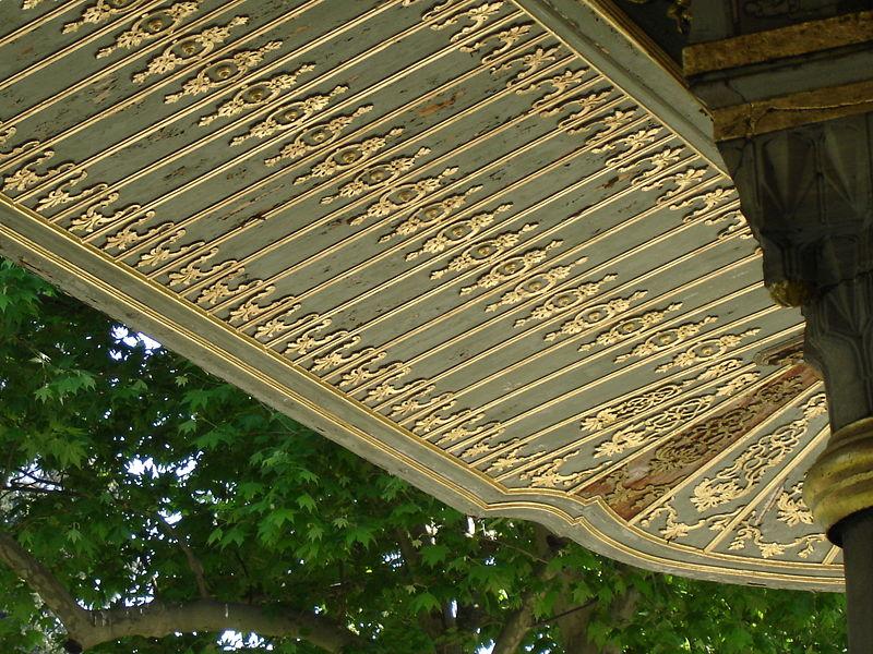 File 4144b istanbul topkapi divano foto g dall 39 orto 27 5 wikimedia commons - Il divano di istanbul ...