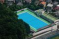 7月の青いプール (19204957904).jpg