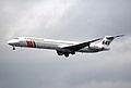 95bh - Scandinavian Airlines MD-82; OY-KHC@LHR;01.06.2000 (5276274575).jpg