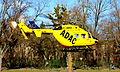 ADAC MBB Kawasaki BK 117 im Rettungseinsatz 007.JPG