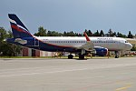 Aeroflot, VP-BFE, Airbus A320-214 (37231036895).jpg