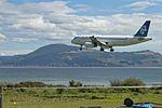 Air New Zealand Airbus A320-232 ZK-OJI NZ820 SYD-ROT arr ROT (16888506645).jpg