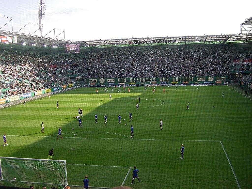 File Allianz Stadion Wien Innenansicht Jpg Wikimedia Commons
