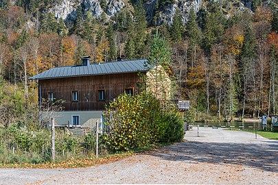 Almsee Nordbucht Haus bei der Seeklause-4243.jpg