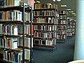 Alte Stadtbücherei, Bücherregale (Flensburg 2002).JPG
