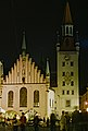 Altes Rathaus, night.jpg