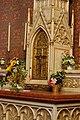 Altlerchenfelder Pfarrkirche - Seitenaltar im Querschiff links 08.JPG