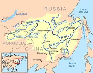Amur mit Quellflüssen und Einzugsgebiet (gelb)
