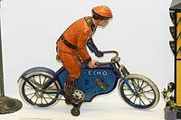 Antique Echo wind-up toy cyclist (25437926781).jpg