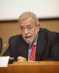 Antonio Beteta Barreda en la inauguración del Encuentro Aporta 2012.jpg