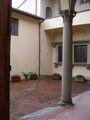 Arezzo-Casa di Francesco Petrarca-cortile.JPG