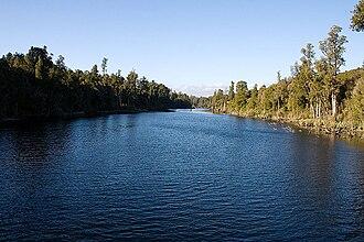 Arnold River (New Zealand) - Arnold River looking upstream from walkway swingbridge