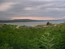Artificial lake kazanlak.jpg