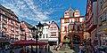 Auf dem Marktplatz in Bernkastel-Kues 03.jpg