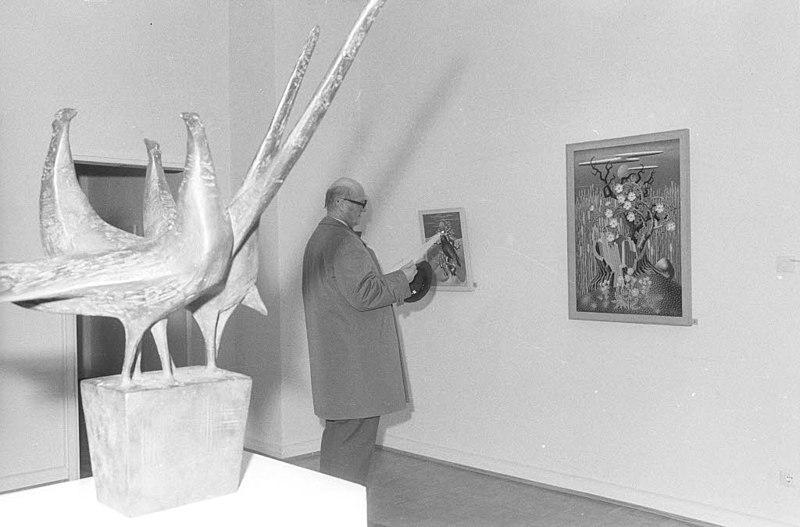 File:Ausstellung im Warleberger Hof (Kiel 51.183).jpg