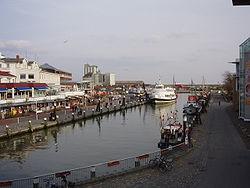 Büsum Museumshafen Überblick.jpg