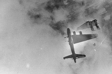 B-17G-15-BO Wee Willie, 322d BS, 91st BG, after direct flak hit on her 128th mission. B-17F Destroyed by Me-262.jpg