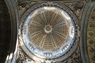 Como Cathedral - Inside of the dome over the transept