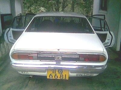 400px-B211-back.jpg