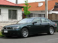 BMW 745i 2003 (13299213594).jpg