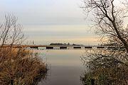Baggertransportleiding drijft in de Noorder Oudeweg 01.jpg